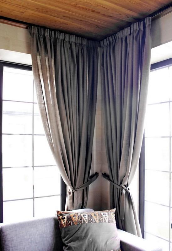Простые серые шторы на кулиске