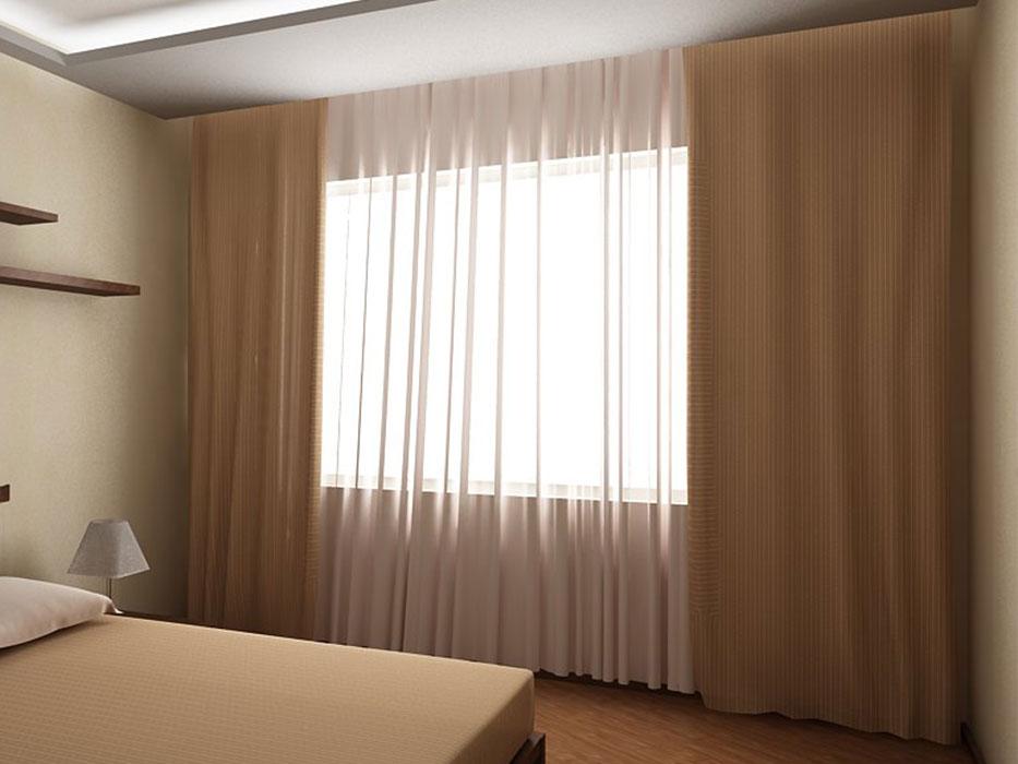 Простые бежевые шторы