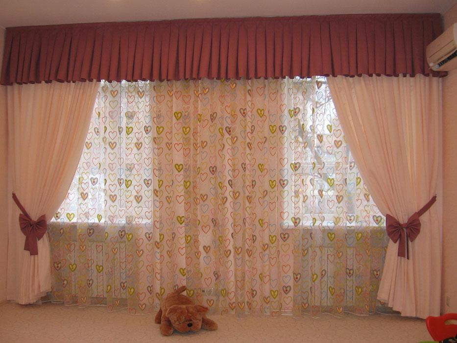 Простые шторы в детскую