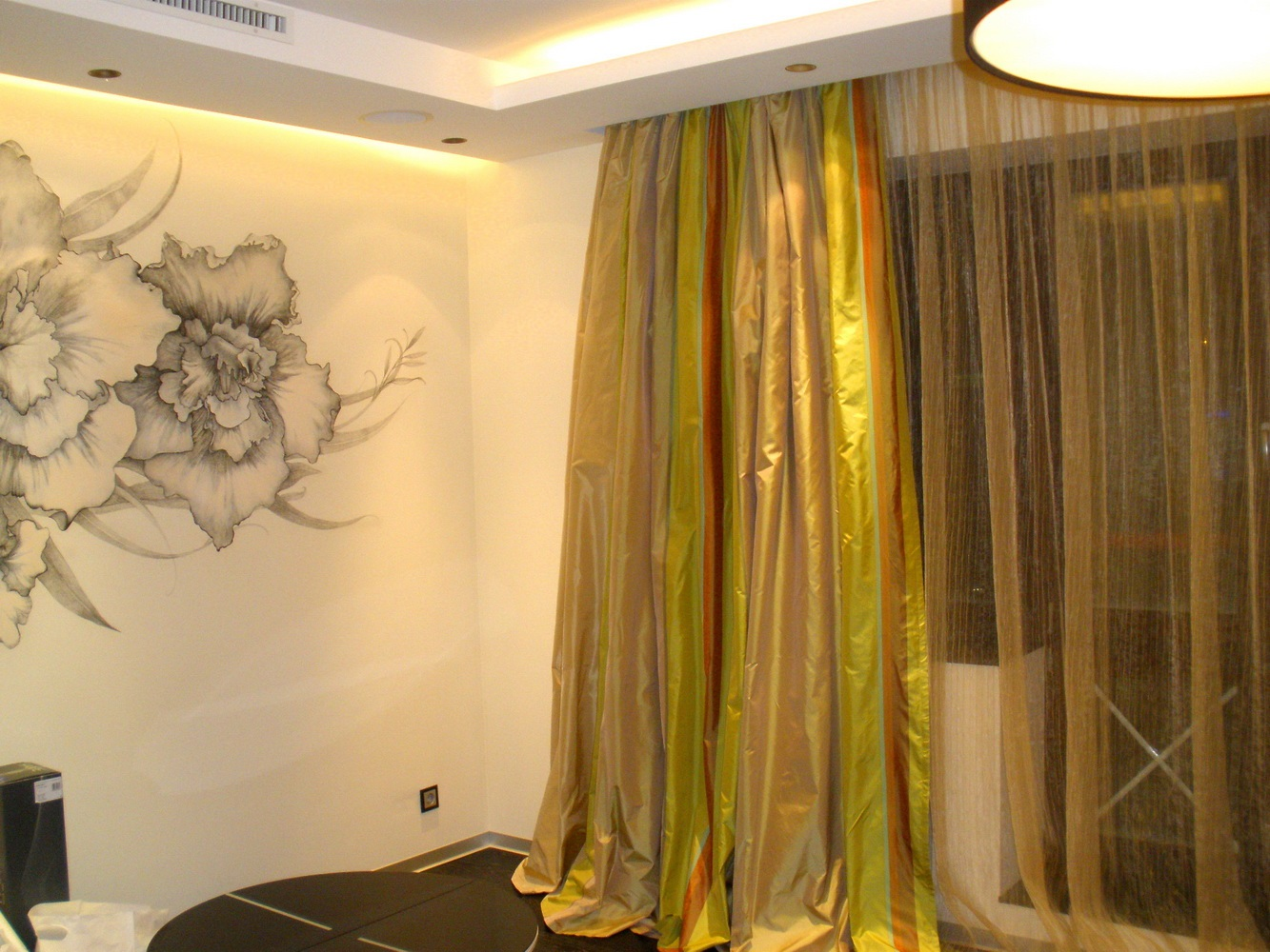 Простые шторы в гостиную