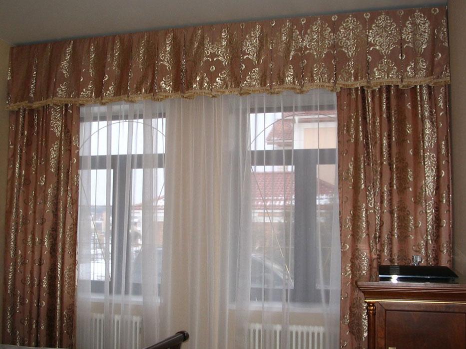 Простые шторы в спальню